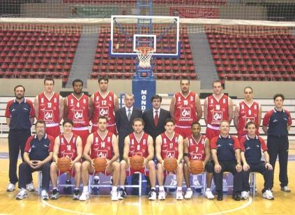 PLANTILLA 2002-2003. Faltan los jugadores que se incorporaron a lo largo de la temporada